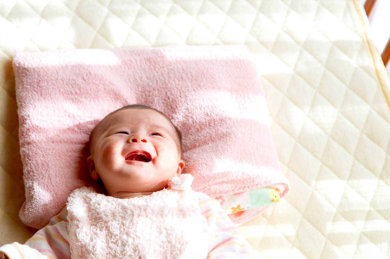 赤ちゃんの生活リズムを整えよう!月齢別生活リズムと環境作りのコツ