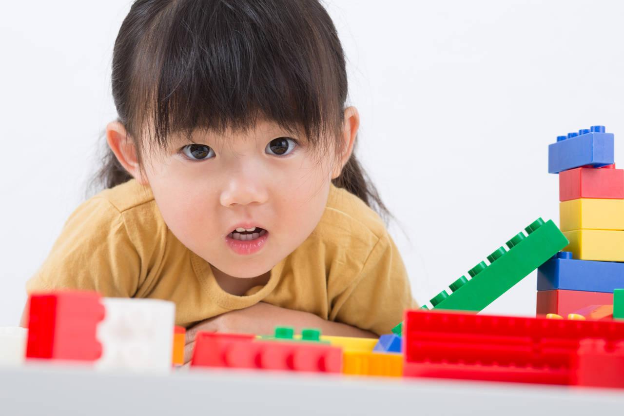 1~5歳の子どもと家遊び。親子で楽しめる遊びのアイデアの紹介