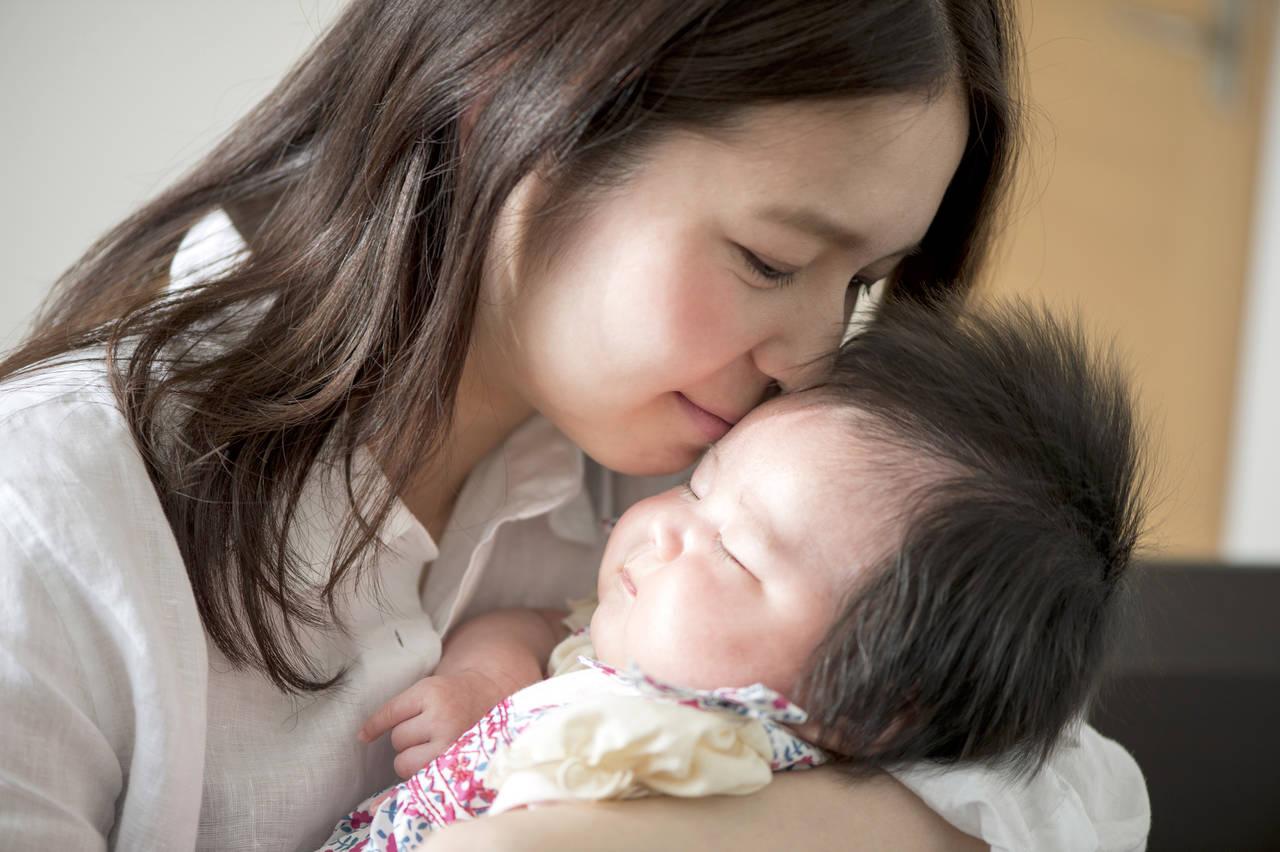 生後2カ月の赤ちゃんの成長はどんなもの?育児で知っておきたいこと