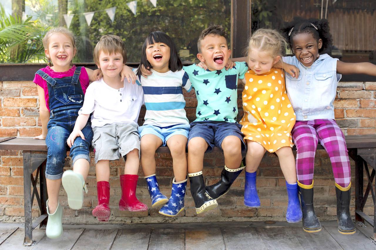 イギリスは子育てに優しい?医療や子育て制度および交通機関のルール