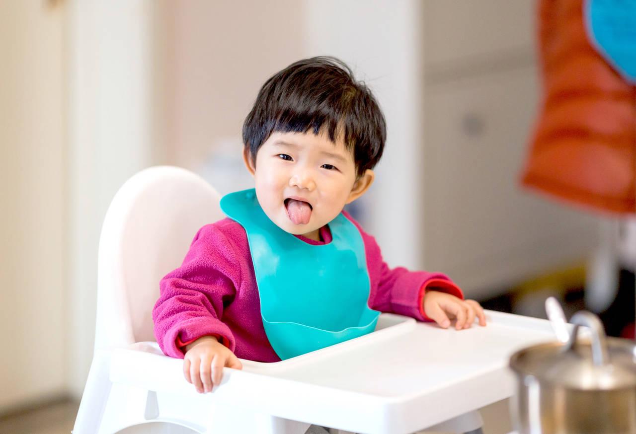 子どものリップケアはどうする?乾燥の原因やおすすめリップケア