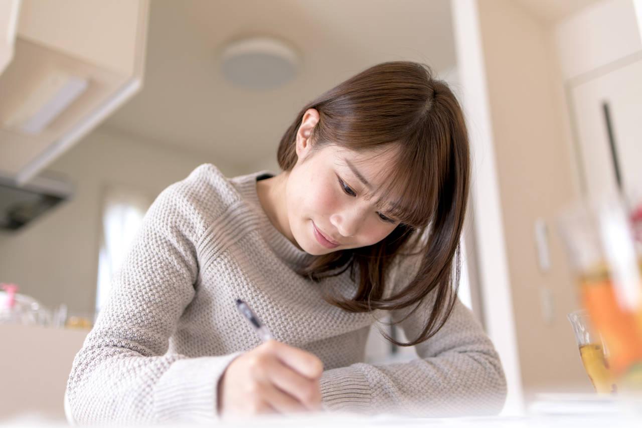子育てを日記に残したい!アルバムやアプリで記録する方法