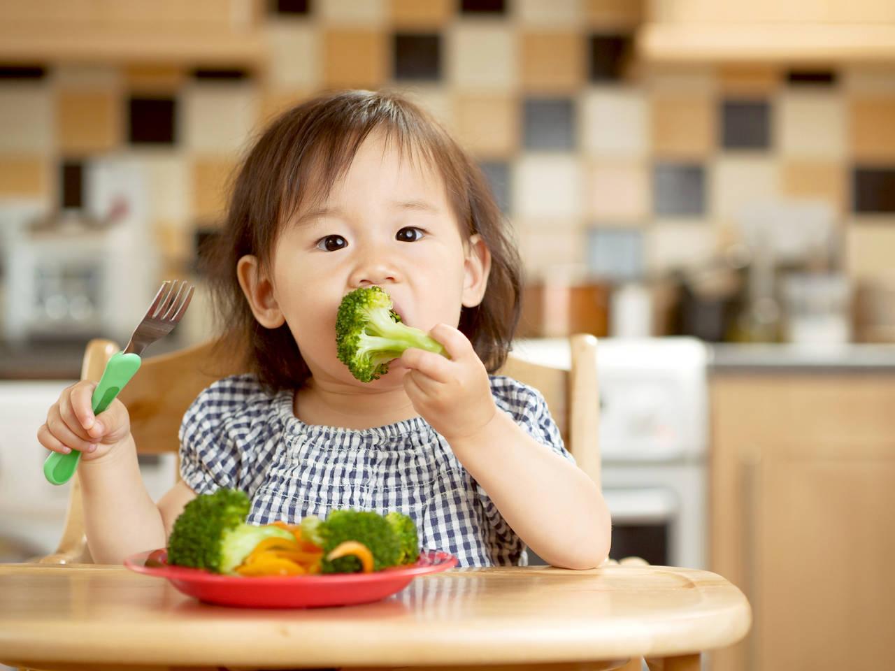 幼児期の野菜に関する悩みを解決!摂取量の目安と野菜嫌いの対処法