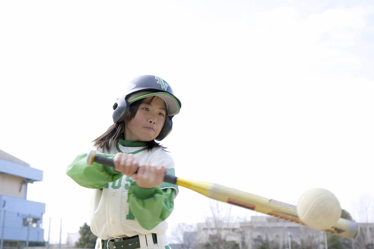 子どもに野球を教えたい。始める時期や費用、チームを選ぶポイント
