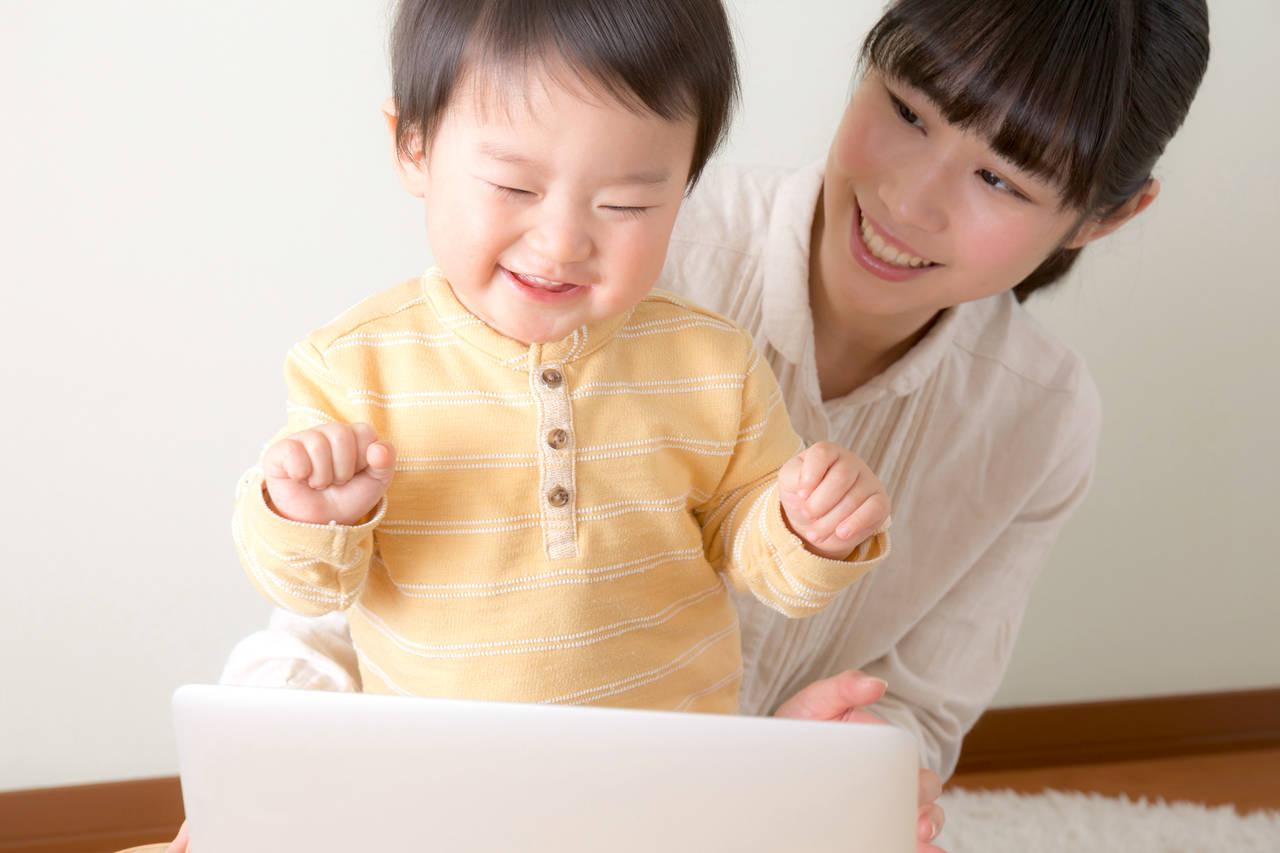 音楽が赤ちゃんの脳に与える影響。オススメの音楽や知育について