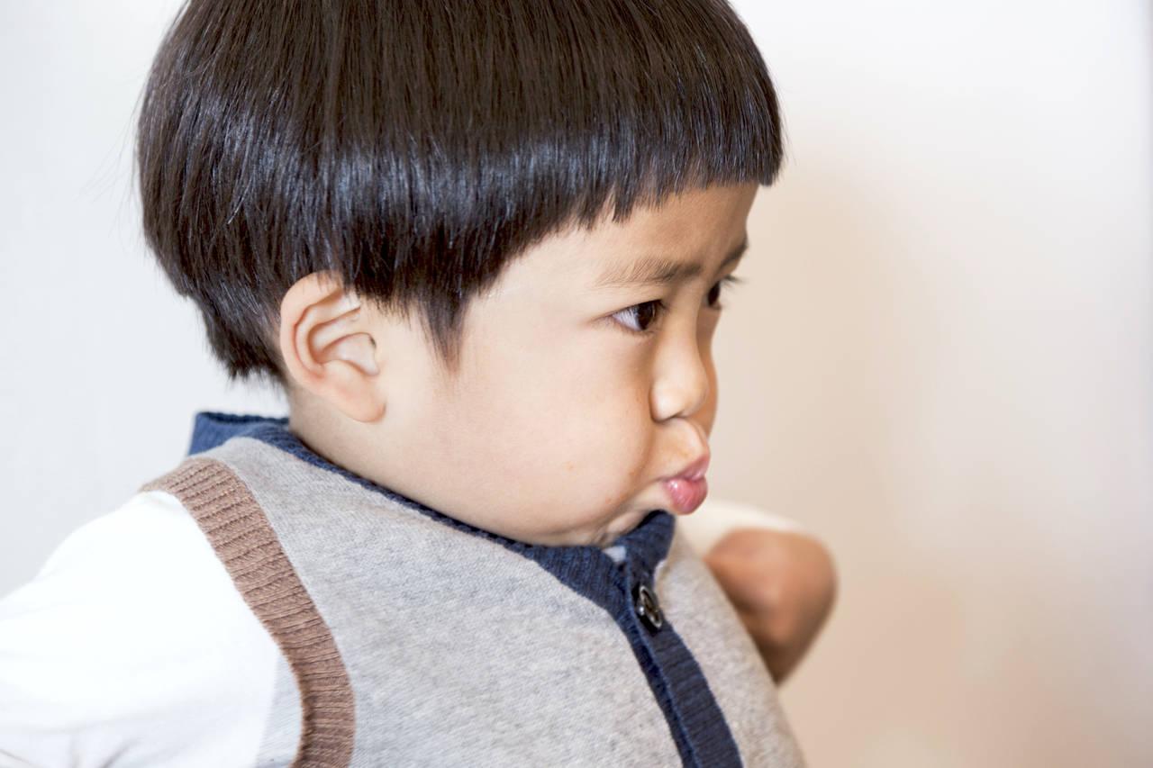 子育て中のイヤイヤ期の悩み。始まる時期や対処法をご紹介
