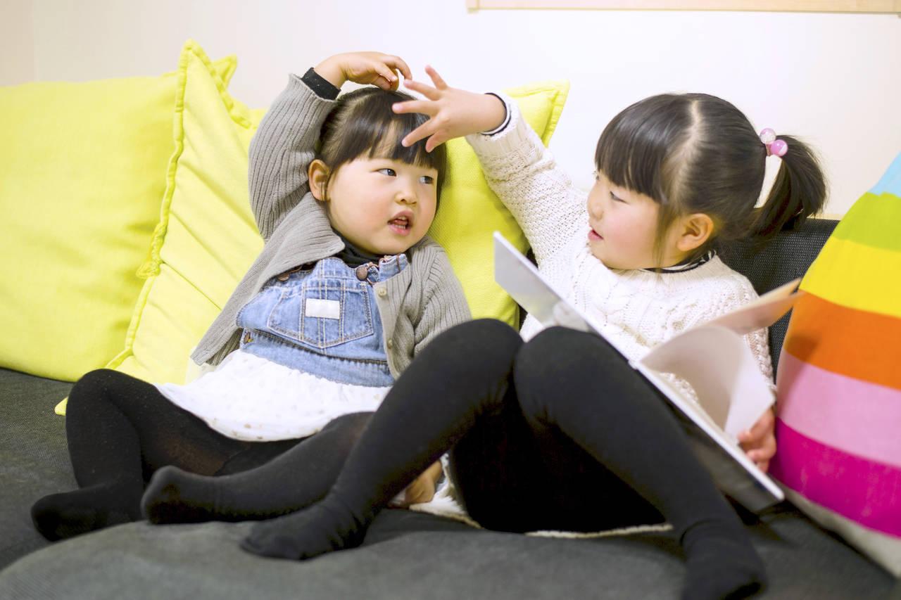 女の子の双子が産まれました。卵生の違いや子どもと一緒に楽しむコツ