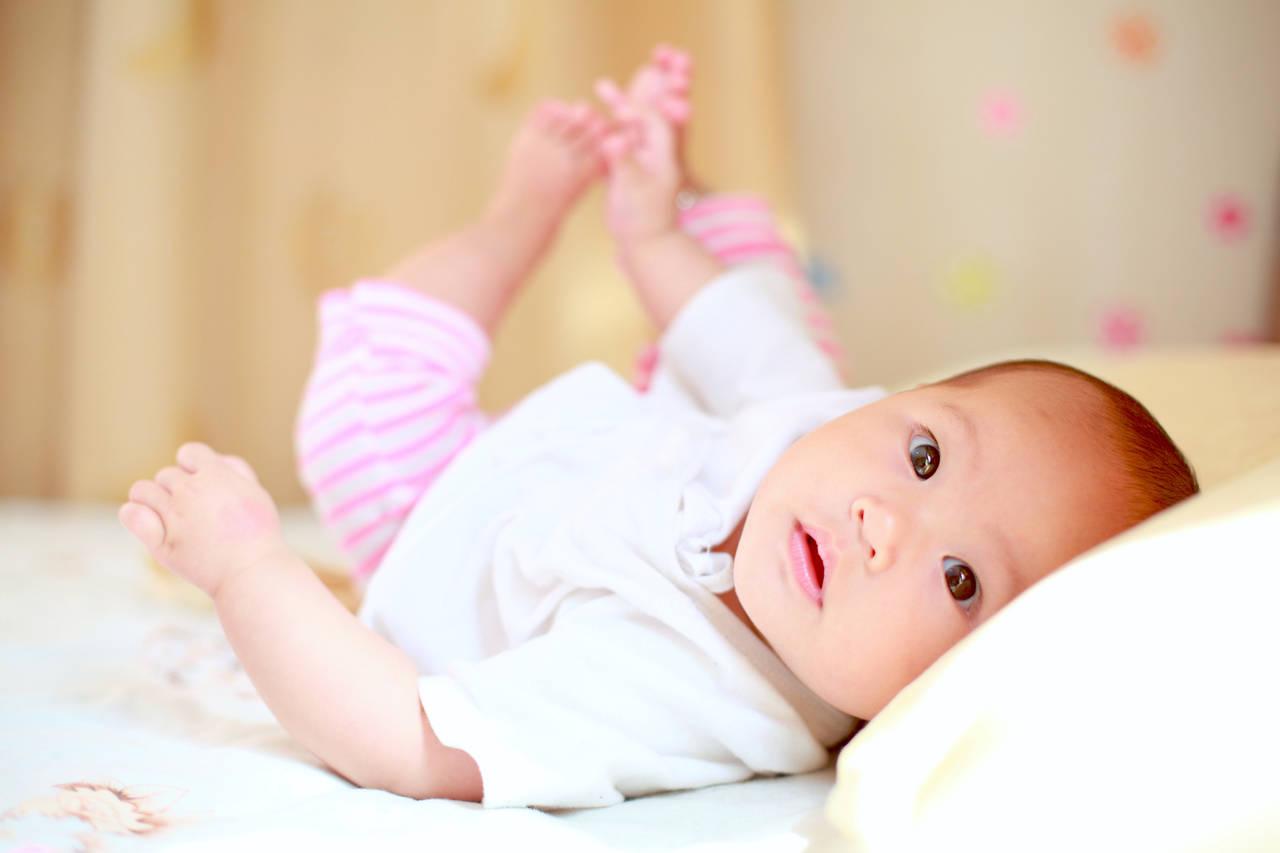 出産後の乳児の感情。子育てによるイライラや不安を解消する方法