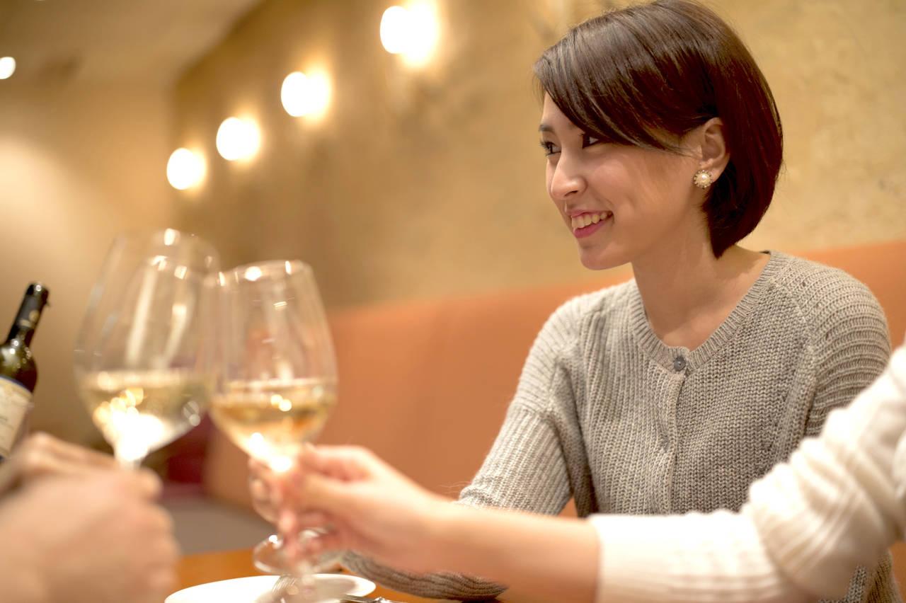 ママ友との飲み会に参加することに。子どもへの配慮や会話を盛り上げるコツ