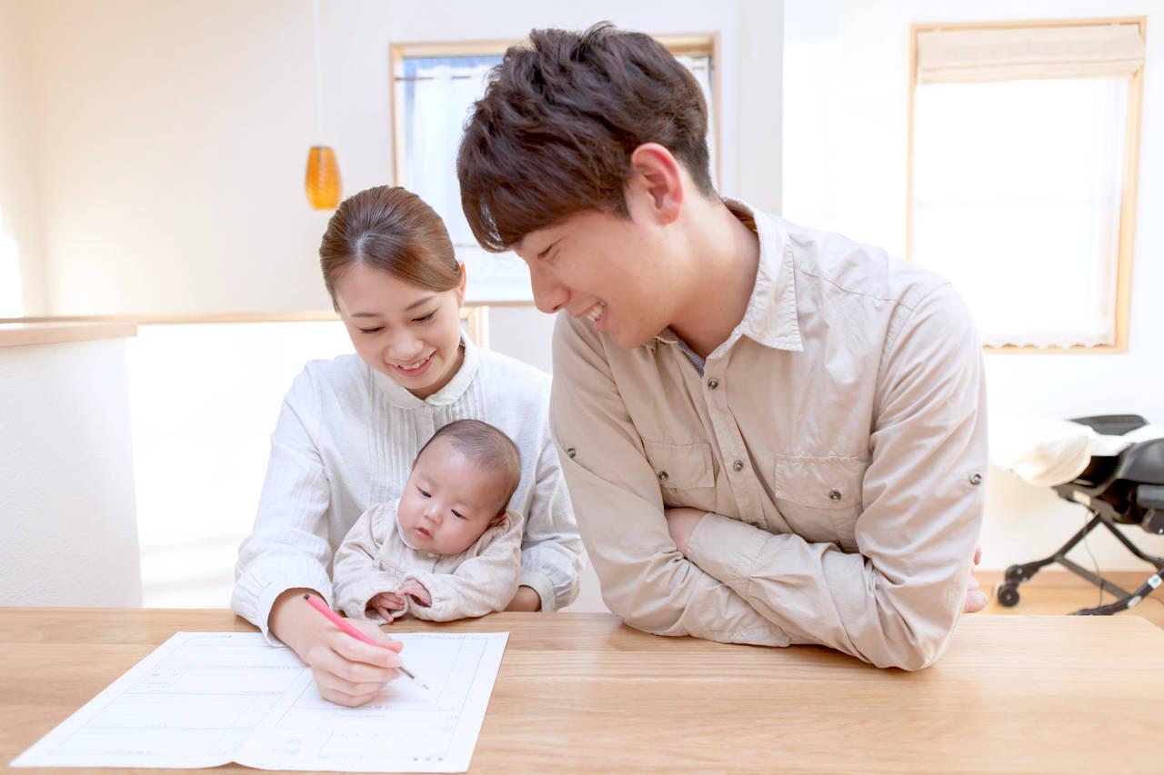子どもがいると再就職は難しい?仕事を始める時期と確認事項