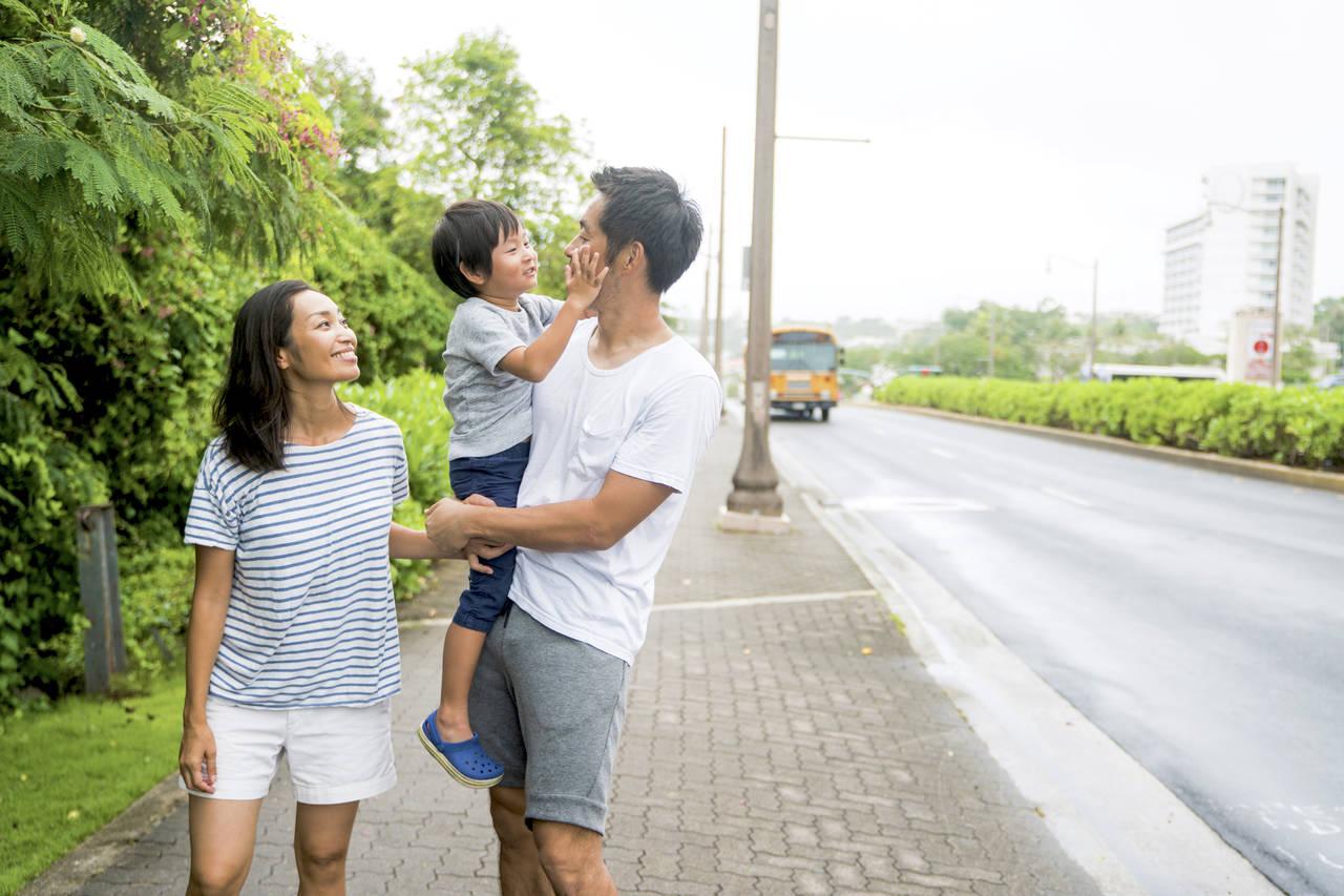 海外での子育てに興味がある。気をつけたいことや人気の移住先