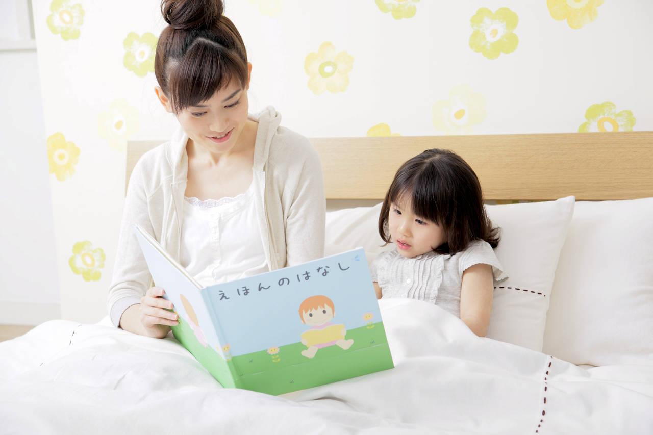 寝る前に読んであげたい絵本!もたらす効果と3~5歳向けの絵本