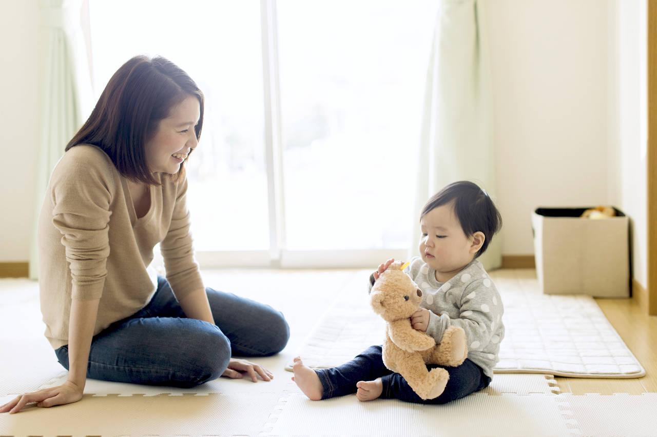 赤ちゃんはいつからお座りする?練習方法と注意点をご紹介