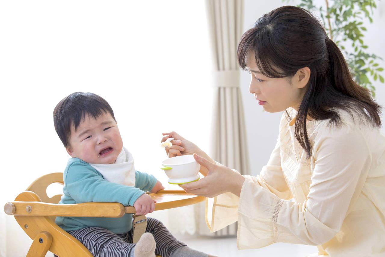1歳児の好き嫌いに悩むママ。原因と苦手な食べ物を克服する方法