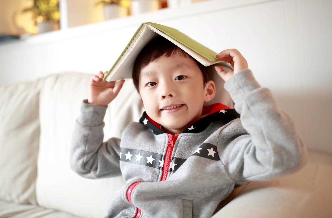 小学校入学前に読ませてあげたい絵本。選び方とおすすめの絵本