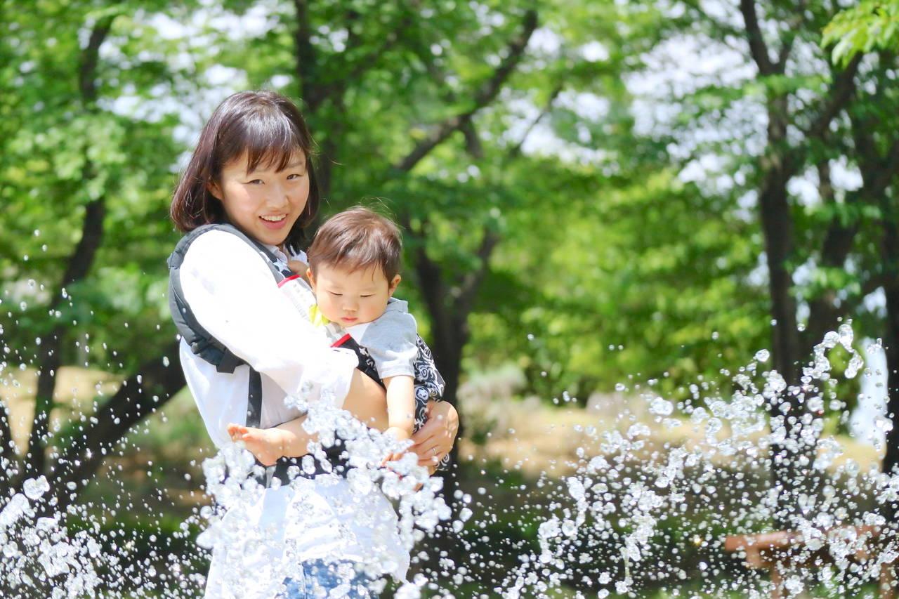 赤ちゃんとの夏のお出かけも安心!持ち物や服装、暑さ対策をご紹介