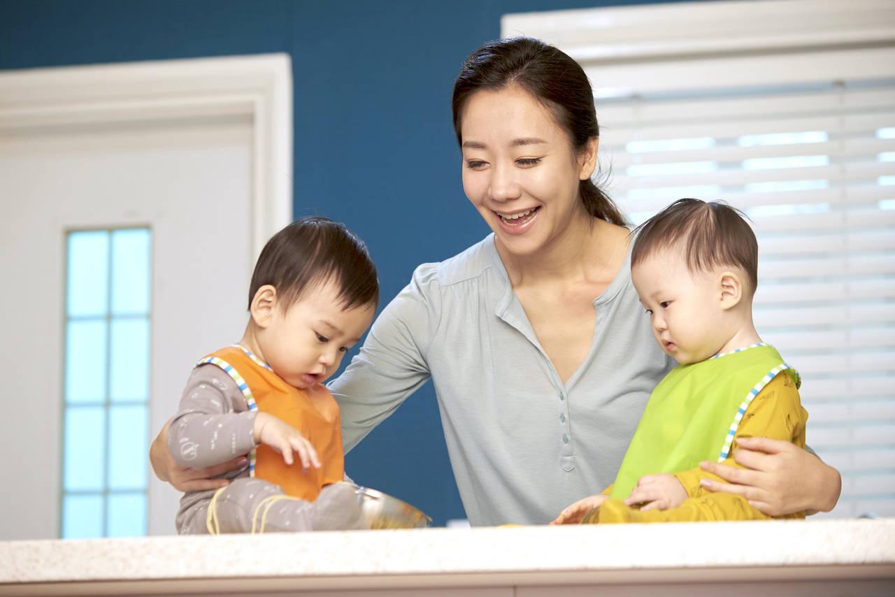 双子のワンオペ育児は大変!1人でもうまく対応できるコツ