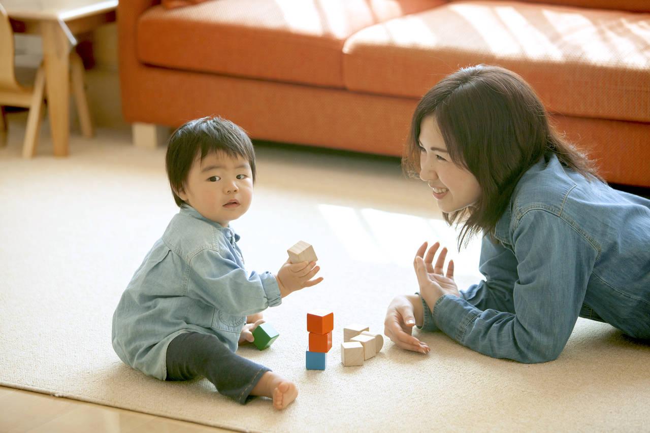 幼児期の積み木遊びはよいこといっぱい!年齢別積み木の選択と遊び方