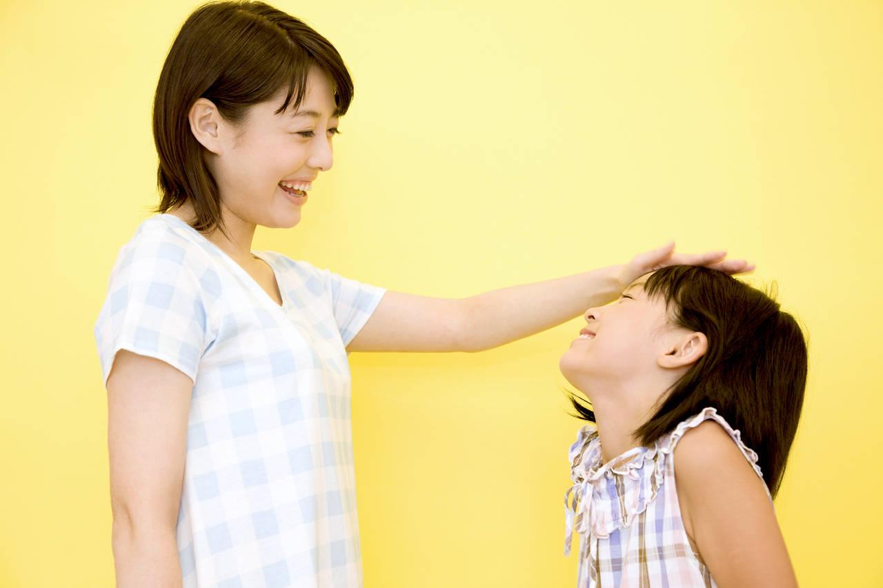 幼児期は褒めて伸ばそう。効果的な褒め方とやってはいけない褒め方