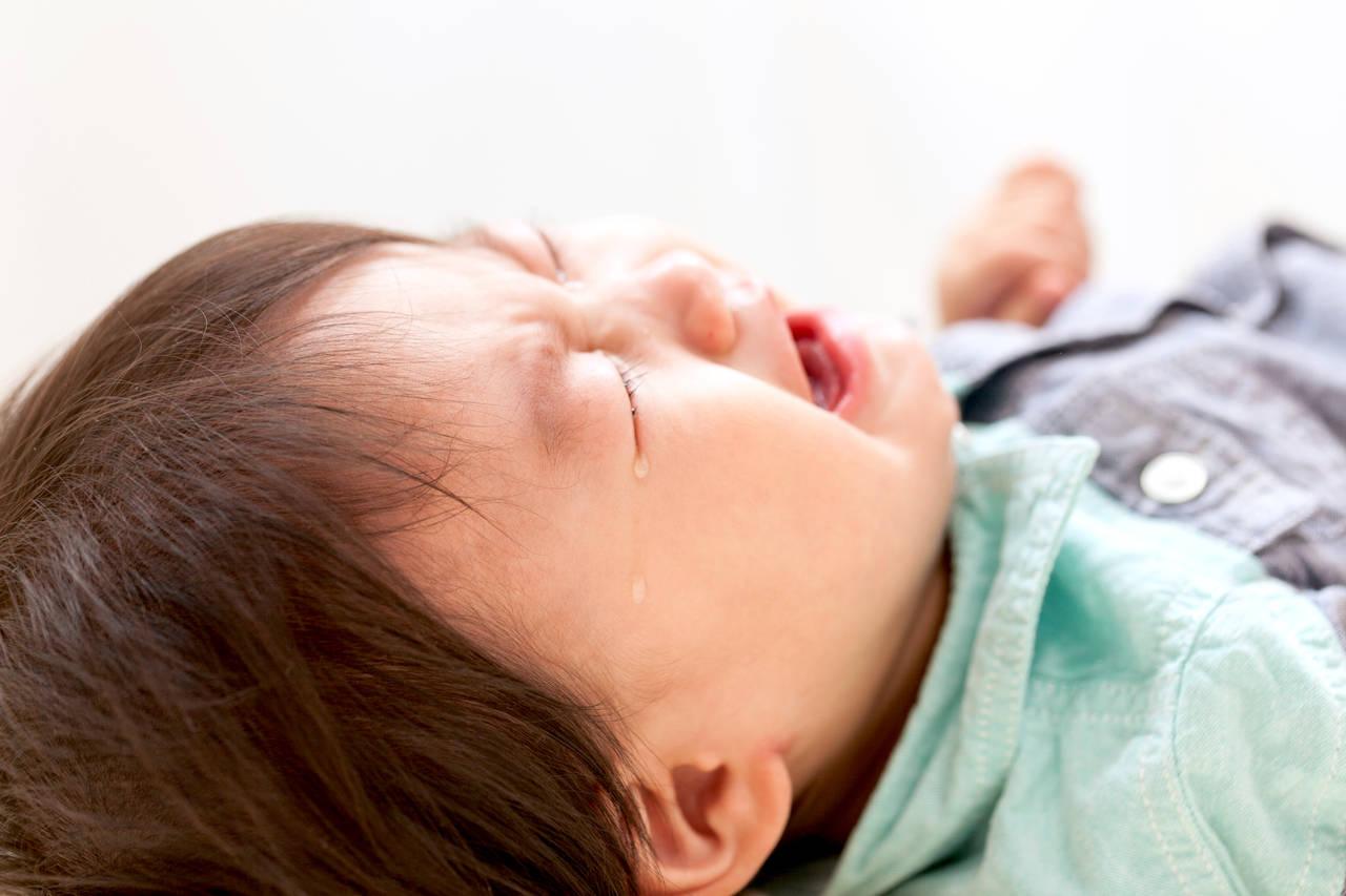 1歳の子どもが泣き止まない!原因や対処法、病院に行くタイミング