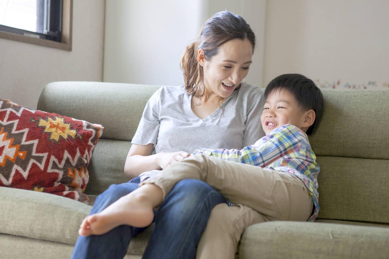 幼児期のスキンシップは子どもに効果的?親子の絆を深める方法