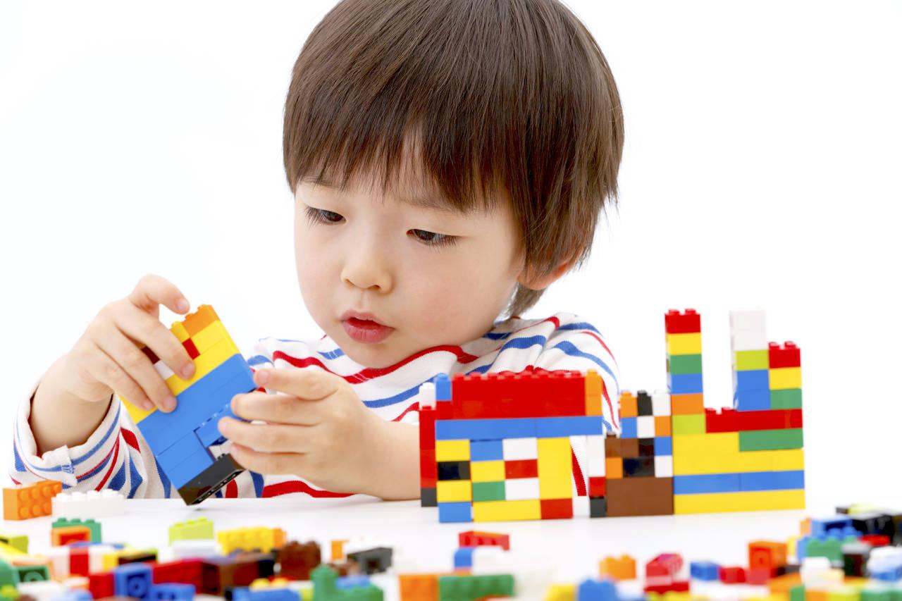 幼児期に想像力を伸ばそう!遊びのアイデアや親の関わり方を紹介