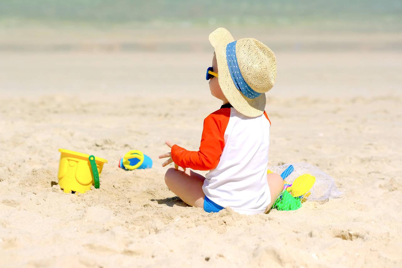 海での子どもの日焼けを防ごう!日焼け対策や便利なグッズを紹介