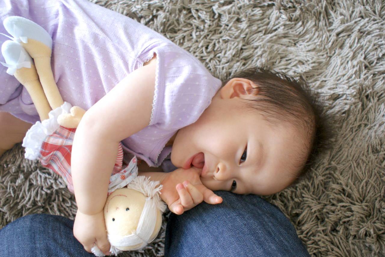 赤ちゃんにぴったりな人形!我が子の笑顔が見られる人形の選び方
