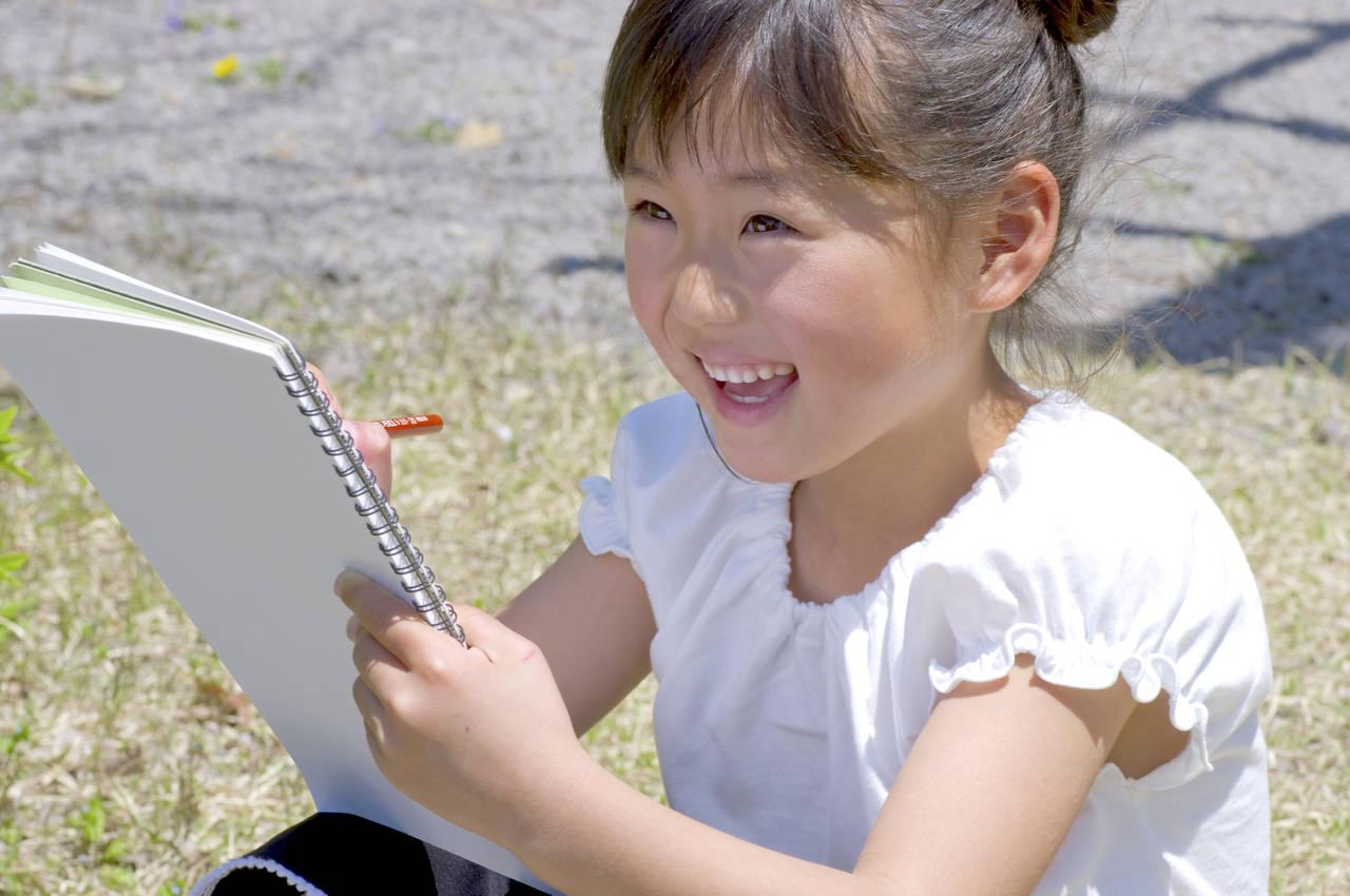 幼児期に美術教育は大切!アート遊びとおすすめの美術館を紹介