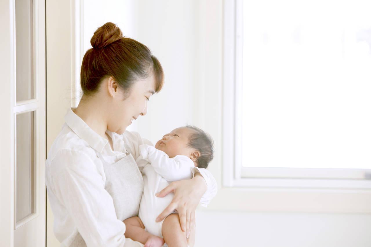 出産後1カ月間の過ごし方。1カ月健診やお宮参りなどやることたくさん