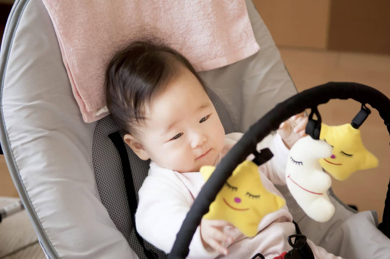 赤ちゃんのゆりかごは多種多様。我が家に必要なタイプを選ぼう!
