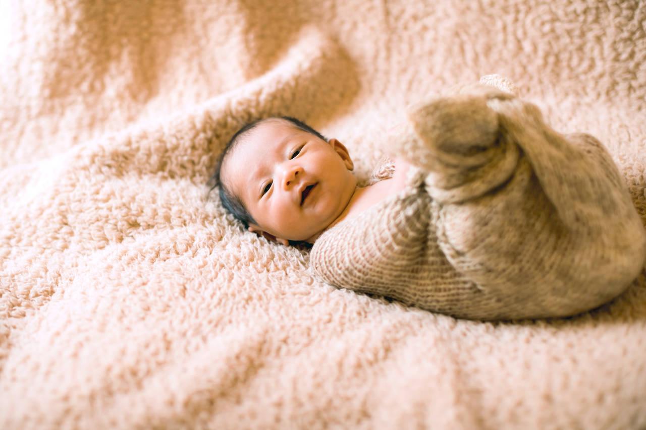 生後0カ月の新生児の特徴とは?育児のポイントや注意点を知ろう