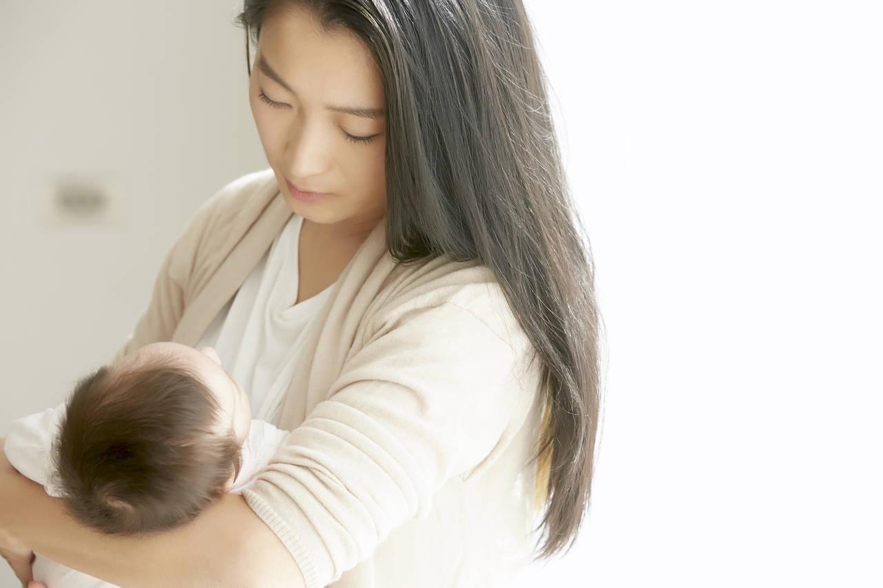 産後の外出はいつからOK?赤ちゃんとお出かけできるまでの過ごし方