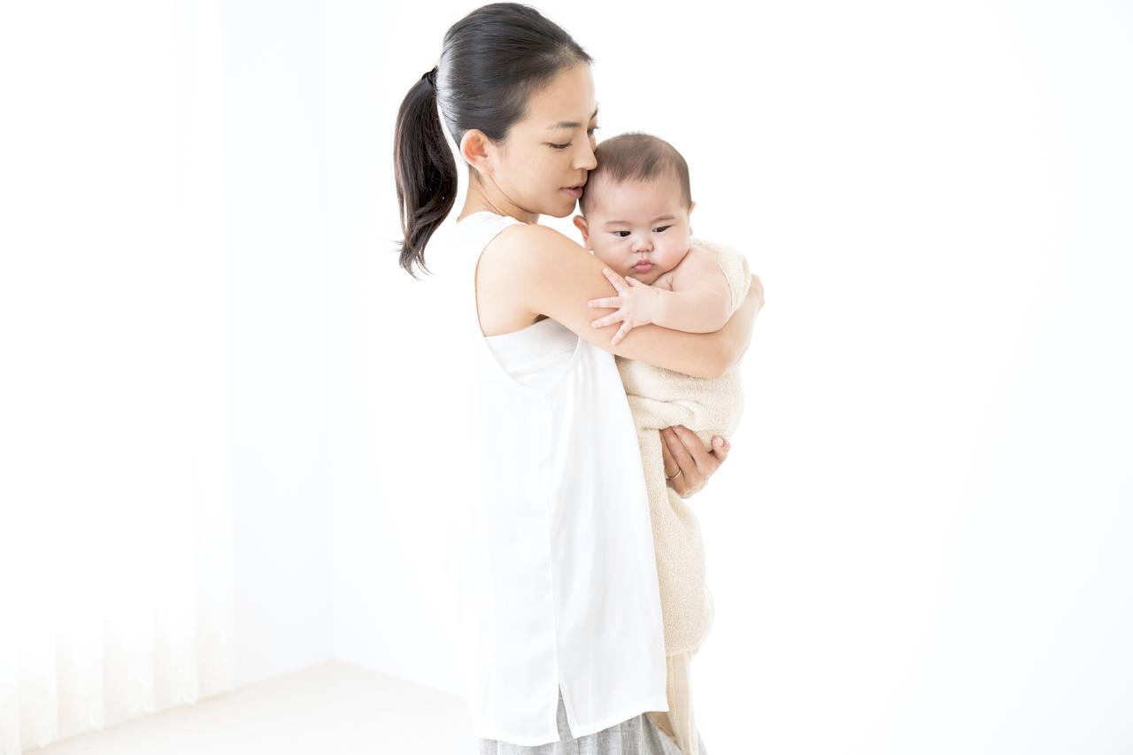 赤ちゃんを抱っこしながらできる!お家で簡単ダイエット法をご紹介