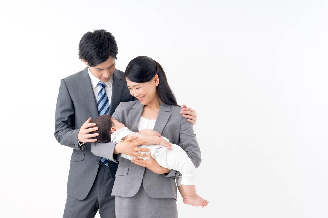 共働き夫婦の子育ての分担方法。パパに協力してもらうコツをご紹介