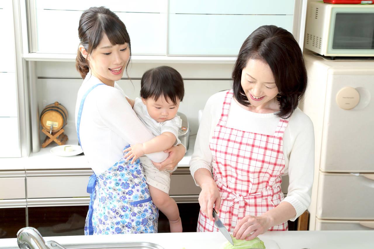 産後の手伝いは必要?パターン別手伝いのメリットやデメリット