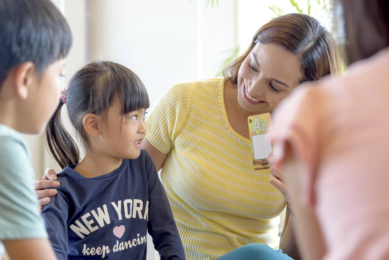 5歳児から始めるおすすめ英会話!オンライン英会話と教室の違い