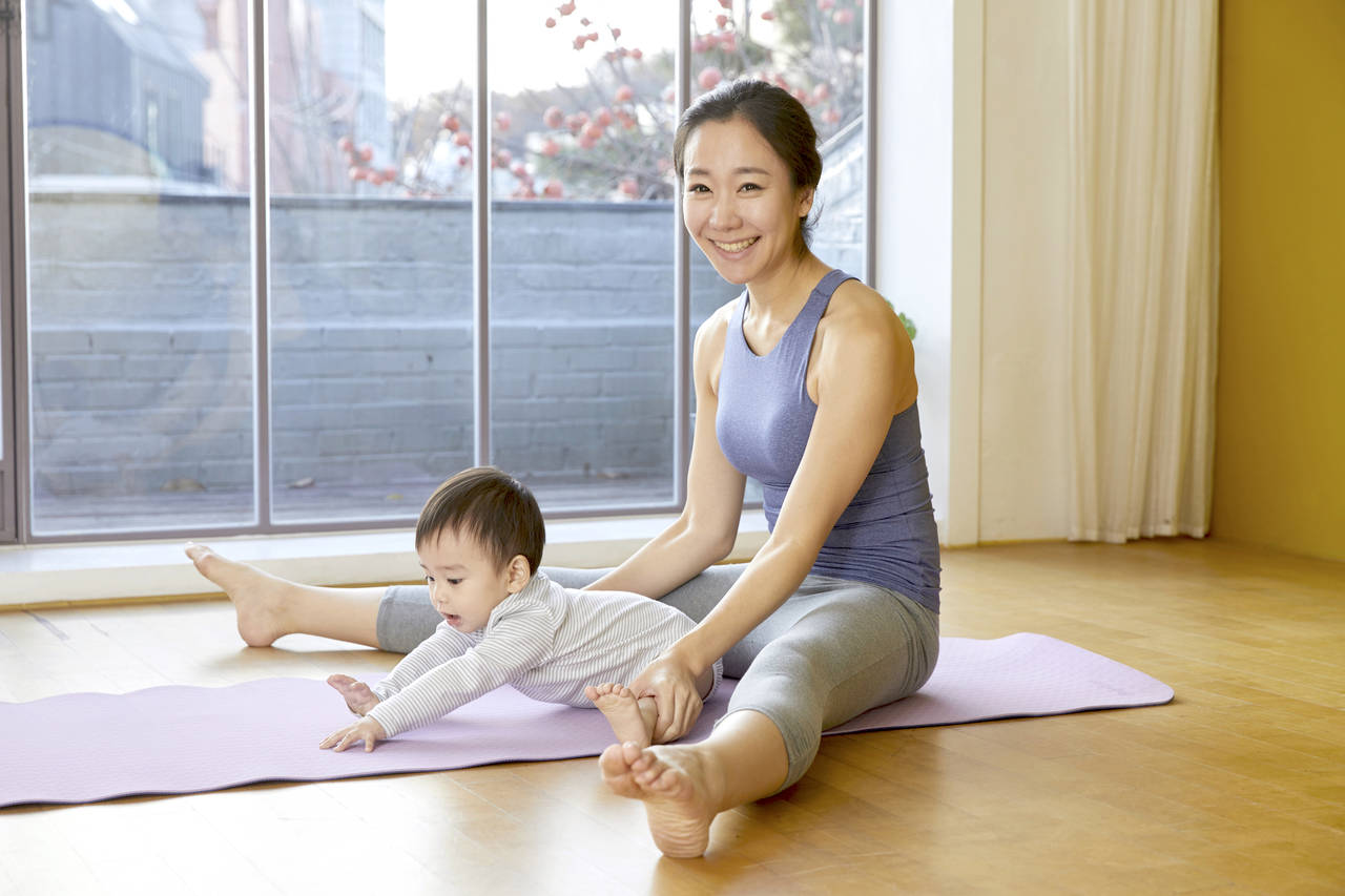 赤ちゃんと一緒にできる産後の運動方法!始めてよい時期と産褥体操