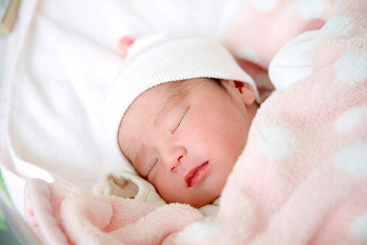 新生児のリズム。新生児期の特徴と赤ちゃんとママの過ごし方