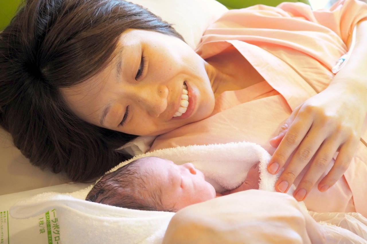 出産を立会いで見られるか見られたくないか。立会い出産のメリットデメリット