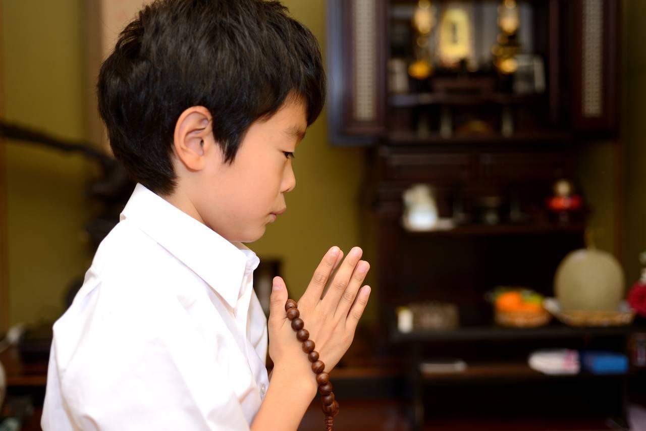 子どもと親戚の集まり「法事」に行こう。注意点や心がけについて