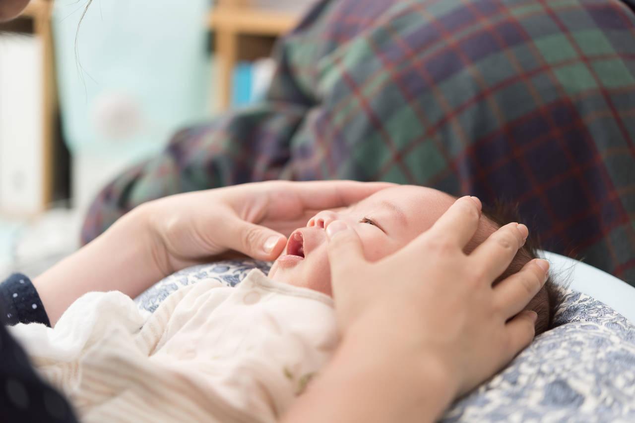 新生児からのマッサージが知りたい!心も癒されるマッサージの効果