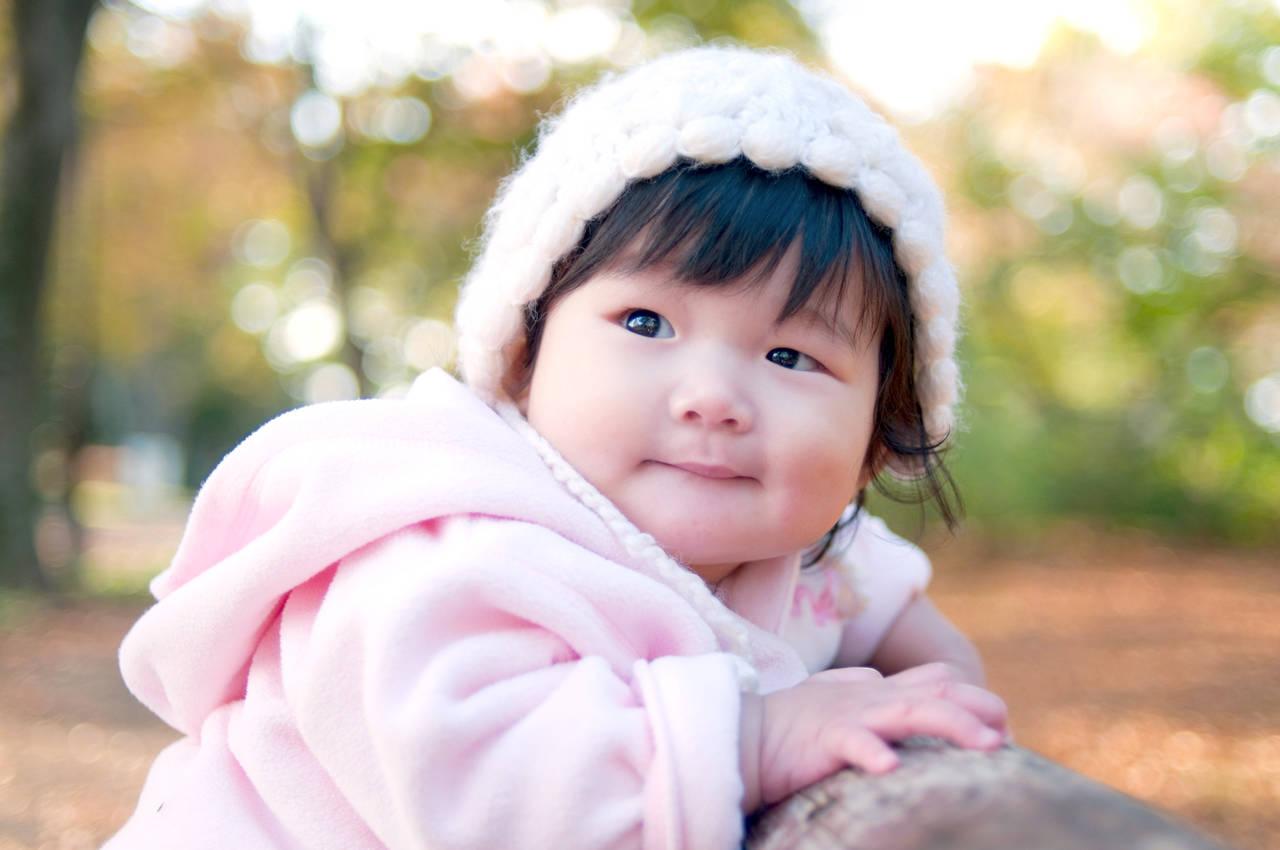 赤ちゃんと秋の散歩に出かけよう!注意点や秋ならではの楽しみ方