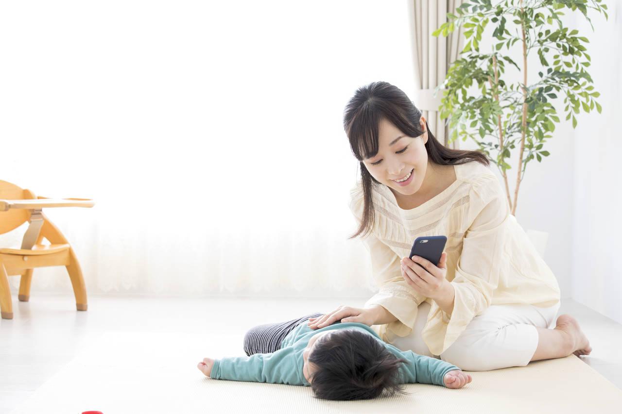 乳児や育児の悩みを相談しよう!相談窓口と話すことの大切さについて