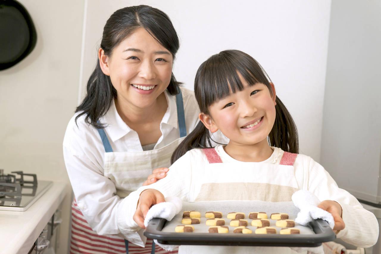 お菓子作りを始めたいママへ!始め方や親子で楽しめるレシピを紹介