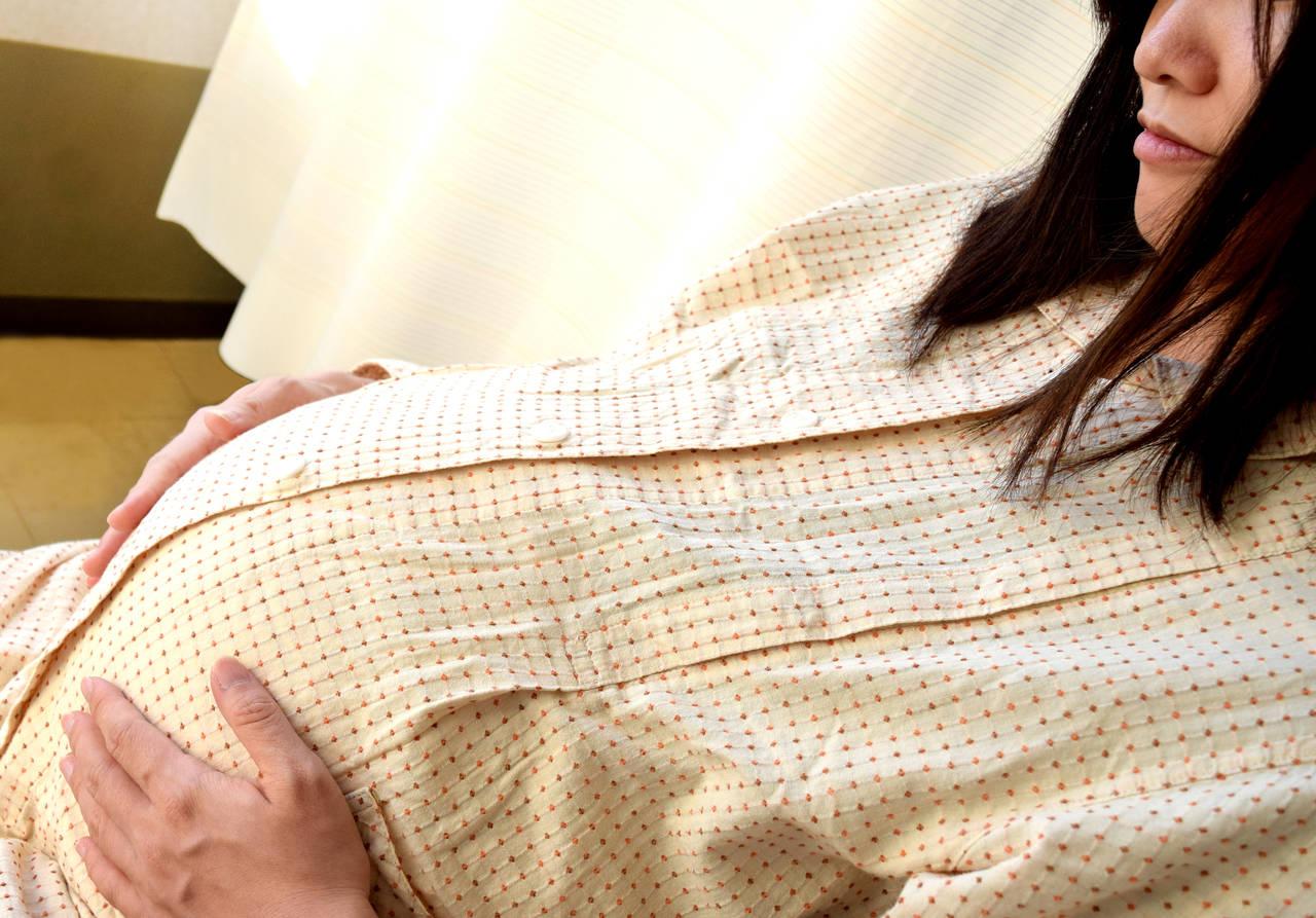 フリースタイル出産について知ろう!分娩方法や良い点悪い点の紹介