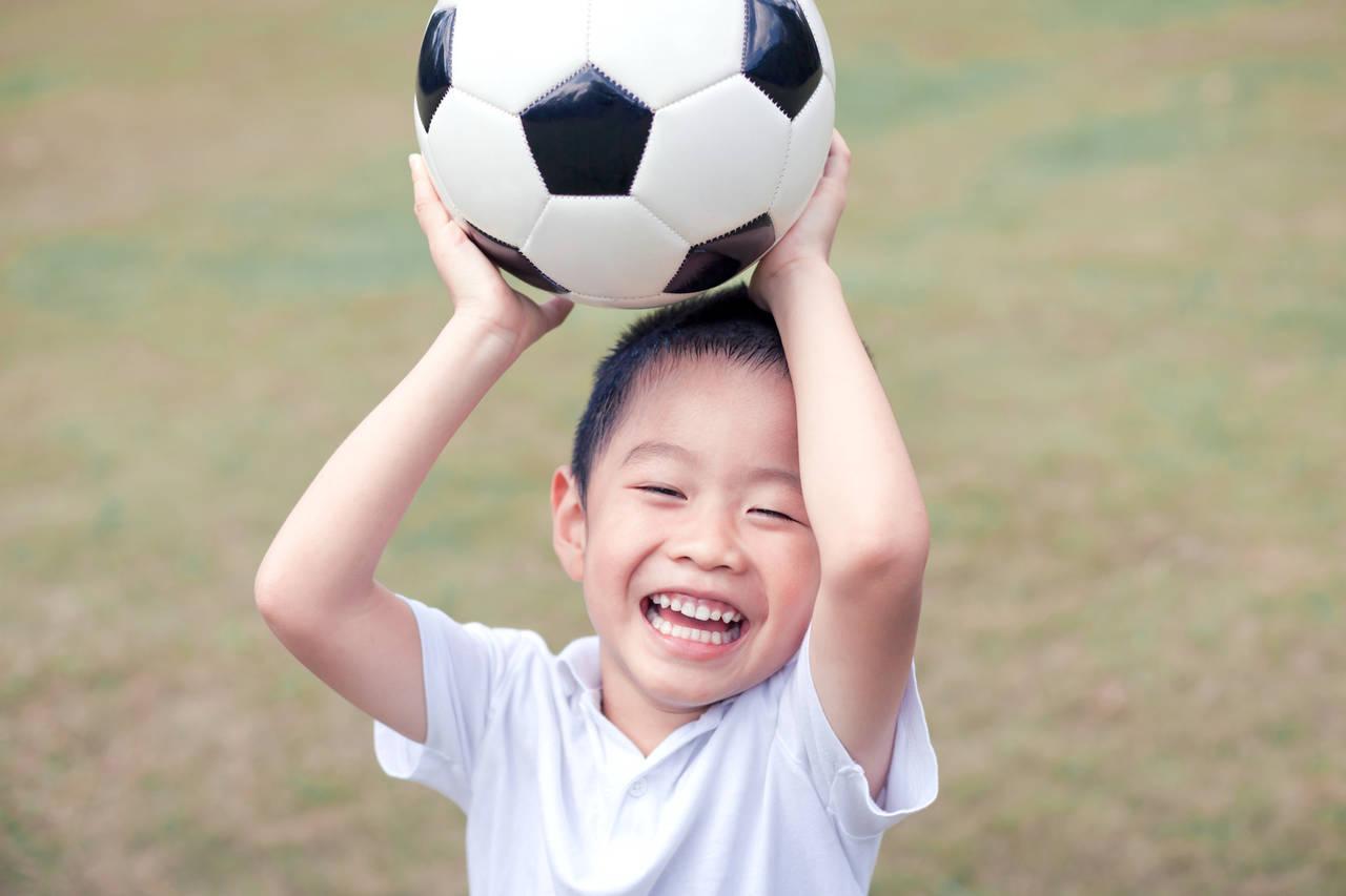 スポーツで子どものやる気を引き出すには?親の効果的な関わり方