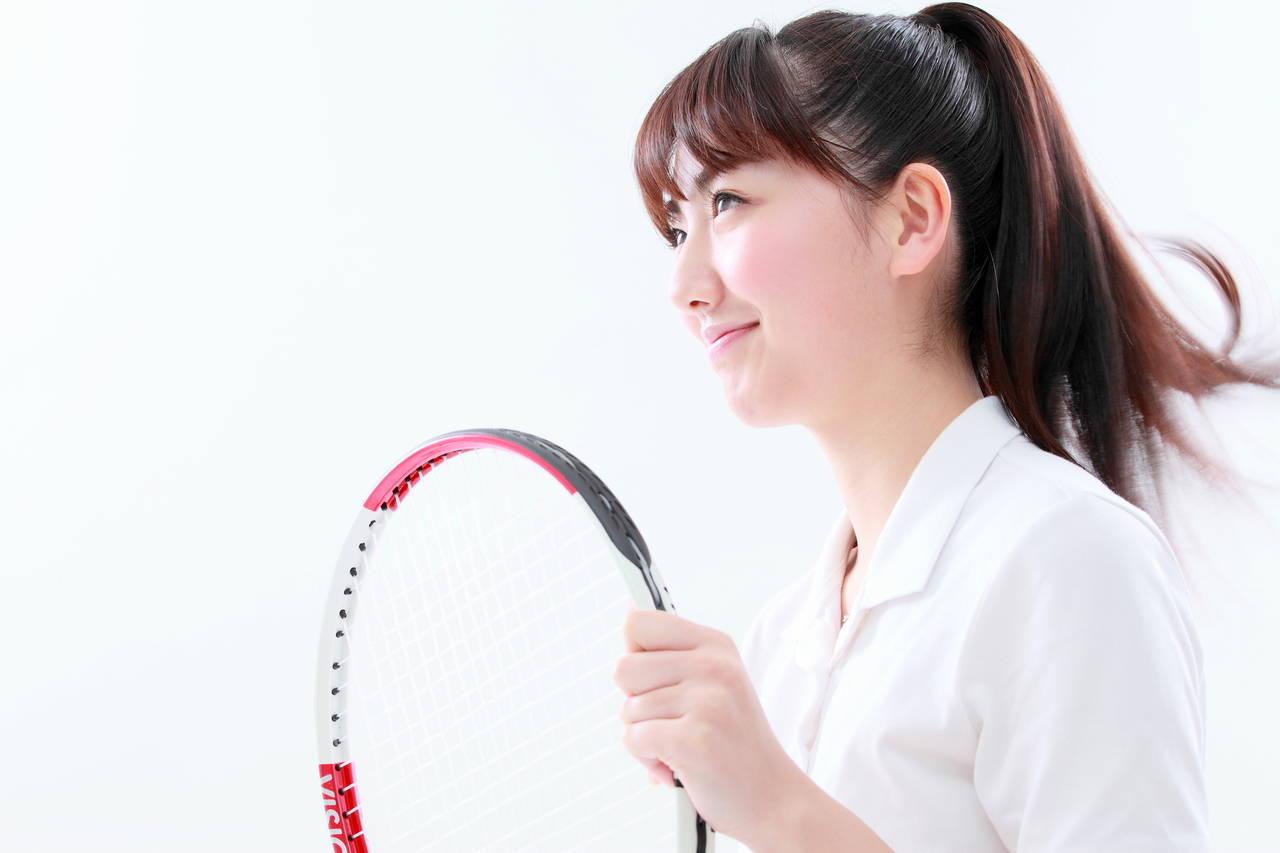 ママさんテニスを楽しもう!はじめる方法や得られるメリットと注意点