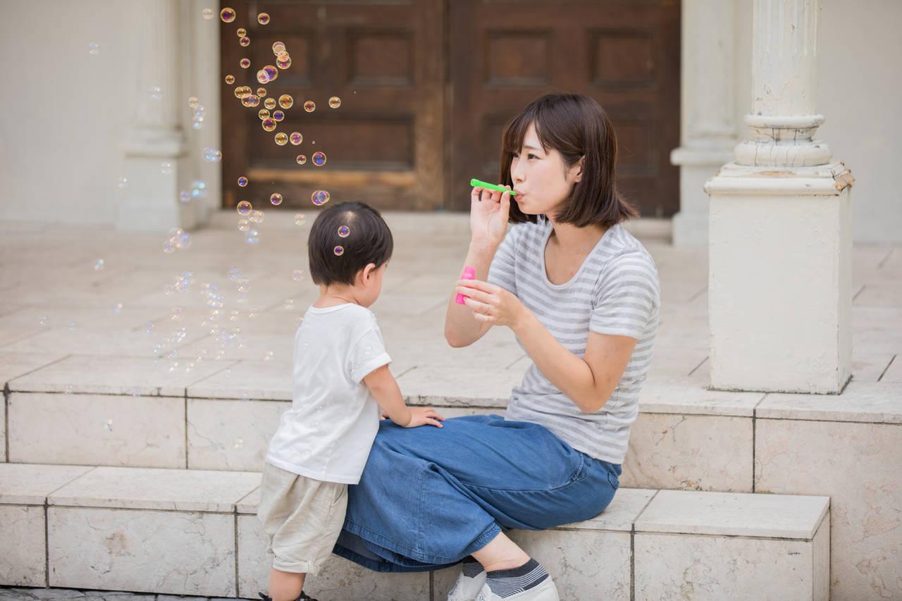 シャボン玉を赤ちゃんと楽しもう!気になる安全性や誤飲時の対処法