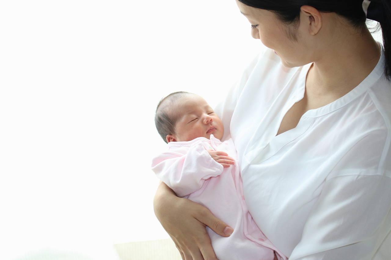 出産前後のママは「ご自愛」ください!使い方、メッセージ文例の紹介